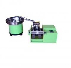 Устройство для автоматической формовки аксиальных выводов компонентов A-300
